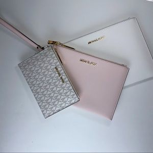 Michael Kors 3 pcs Wristlet trio Set Blush  Pink